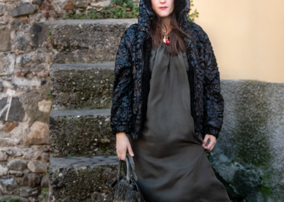 Notturno-numero-3_gallery_Ilaria-Gozzani_black-eco-fur-short_silk-dress-6